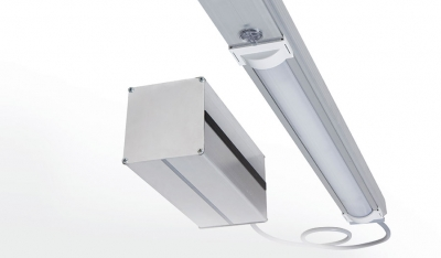 Semi-decentralized emergency lighting
